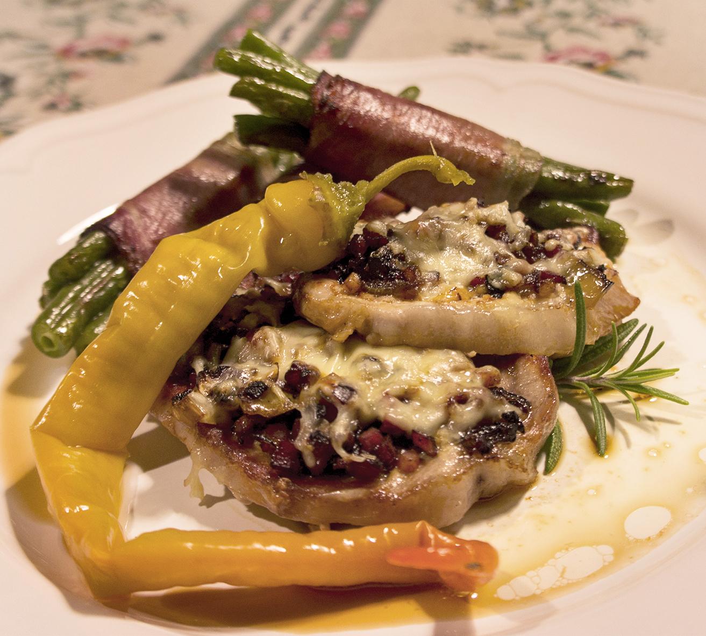 Bauernkotelett mit Speckfisolen