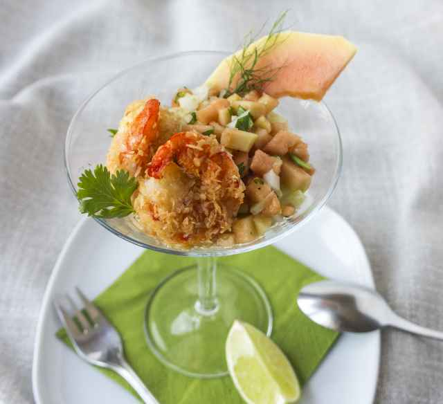 Papaya-Fenchel-Tatar mit Kokosgarnelen