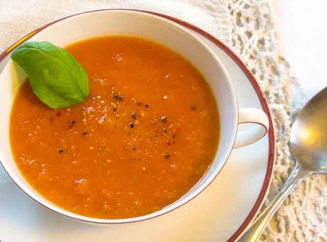 Tomatensuppe aus dem Backrohr